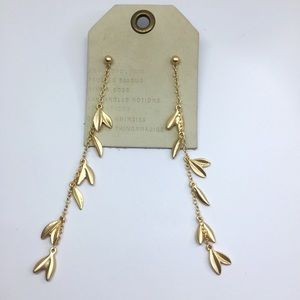 NWT Anthropologie gold leaf earrings